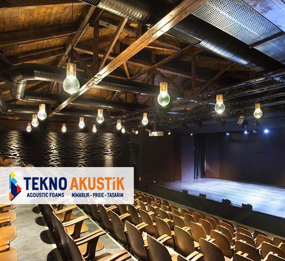 tiyatro salonu akustik ahşap kaplama