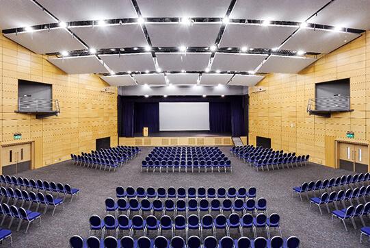 konferans salonu akustik yalıtımı